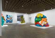 From GalleriesNow.net - Jeff Koons: A Retrospective @Whitney Museum, New York