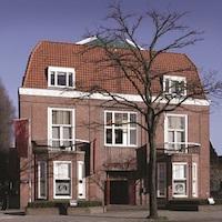 Christie's Amsterdam, Amsterdam  - GalleriesNow.net
