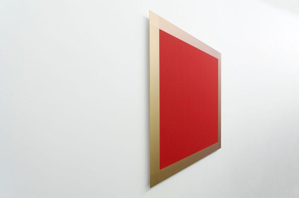 Winston Roeth, Red / Gold, 2007. Pigments and polyurethane on dibond panel 86.4 x 86.4 cm