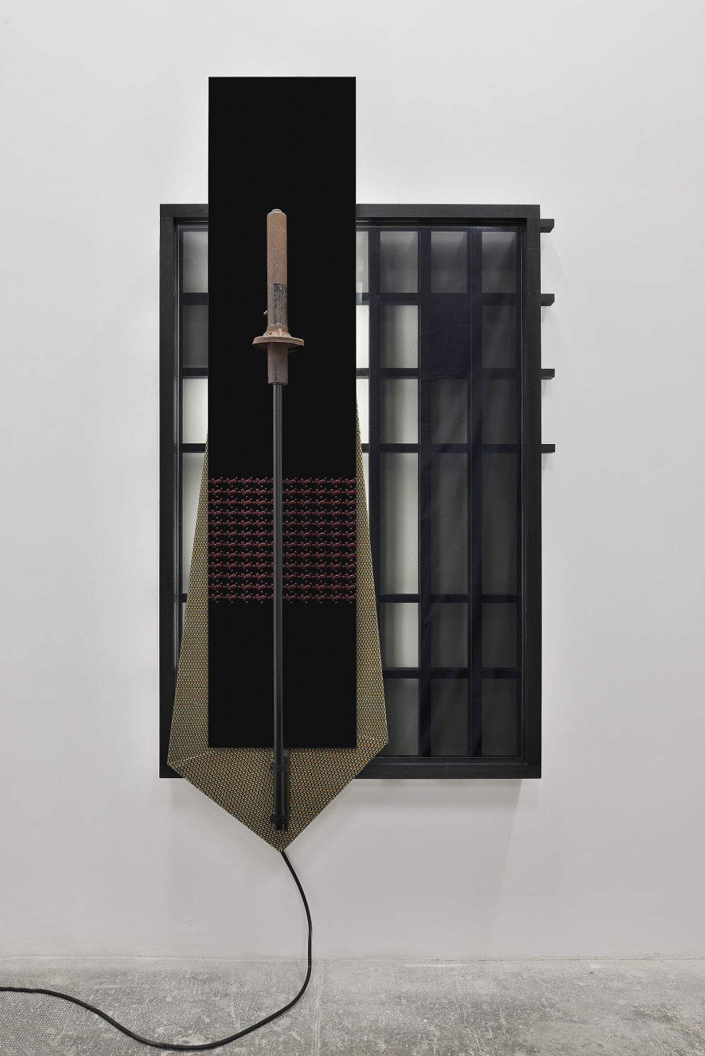 James Beckett, Tara Brown 1, 2017. Wood, UV printed glass, custom made Guinness velvet, steel rod, car part from Lotus Elan, 1600, Type 26 S1 Roadster (same model Tara Brown crashed) / legno, stampa UV su vetro, velluto Guinness fatto su misura, asta d'acciaio, pezzo di macchina modello Lotus Elan, 1600, Type 26 S1 Roadster (lo stesso modello di macchina incidentato da Tara Brown) 211 x 105 x 34 cm (83 ⅛