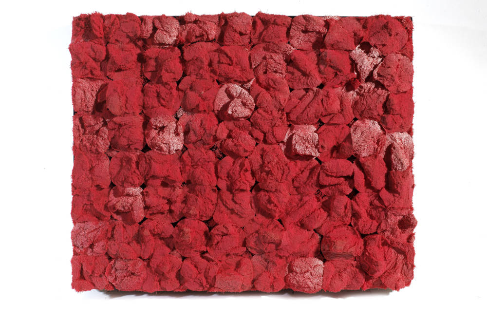 Francesca Pasquali, Setole, 2012. Red plastic broom bristles on wooden panel and metallic frame, 40 x 50 x 12 cm. Courtesy Tornabuoni Art