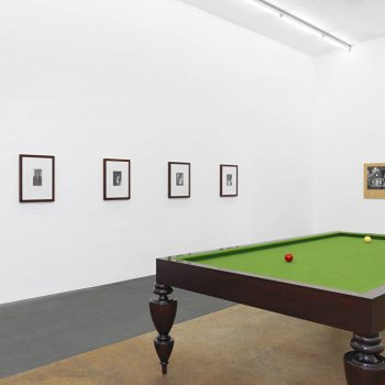 Cady Noland, Laurie Parsons, Félix González-Torres @Mamco, Geneva  - GalleriesNow.net