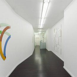 Breaking Geometries @Bartha Contemporary, London  - GalleriesNow.net