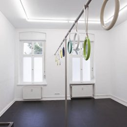 Vanessa Safavi: The Cook and the Smoke Detector @ChertLüdde, Berlin  - GalleriesNow.net