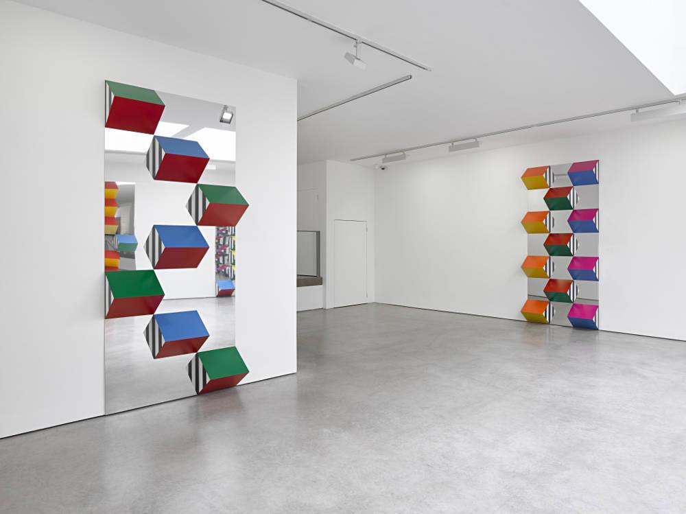 Lisson Gallery Daniel Buren 1