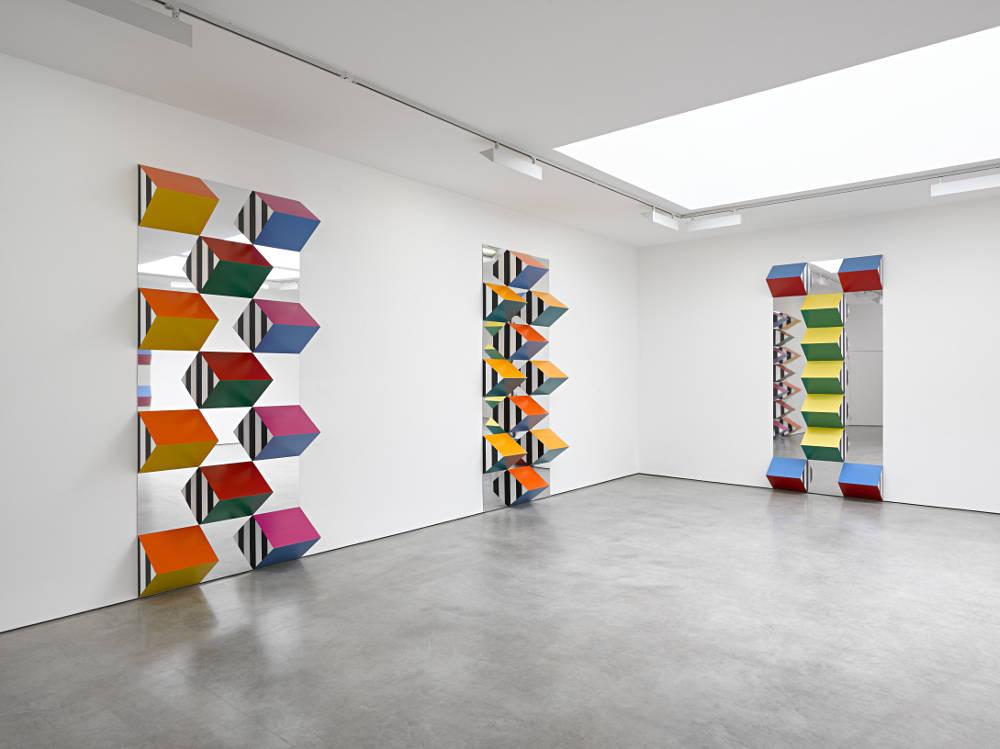 Lisson Gallery Daniel Buren 3