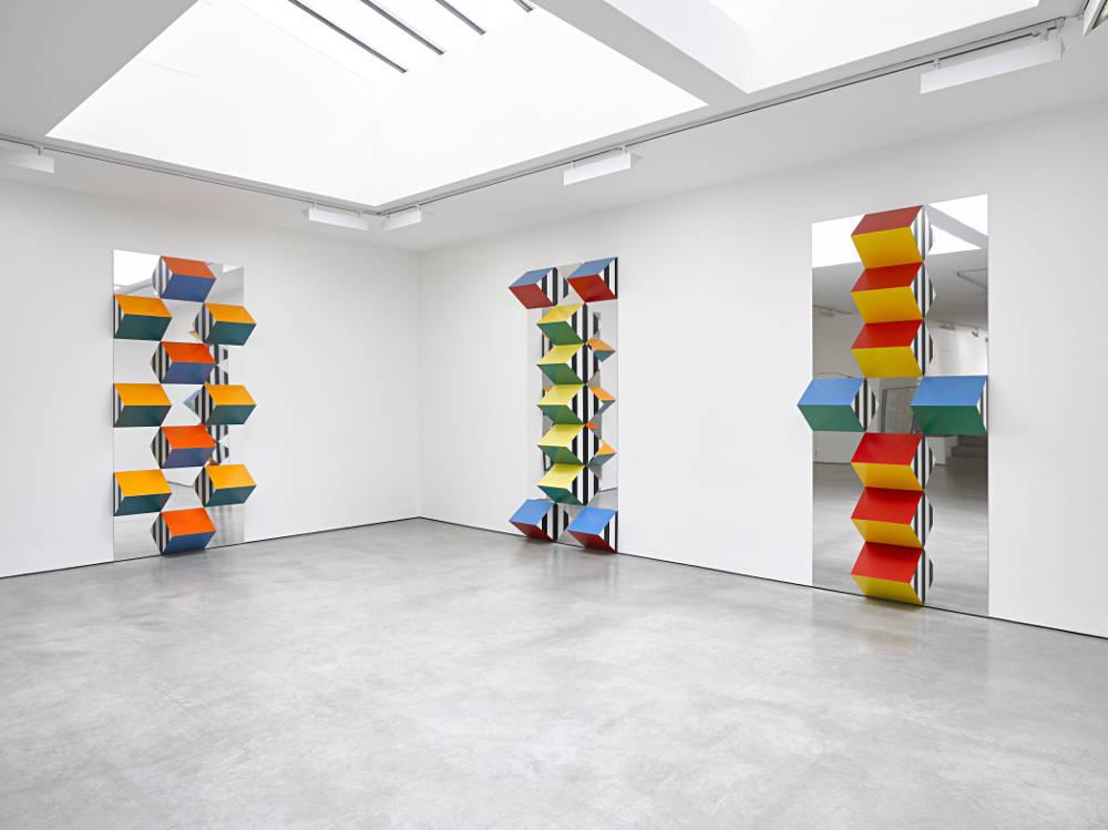 Lisson Gallery Daniel Buren 5