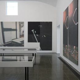 Wade Guyton: Das New Yorker Atelier, Abridged @Serpentine Gallery, London  - GalleriesNow.net