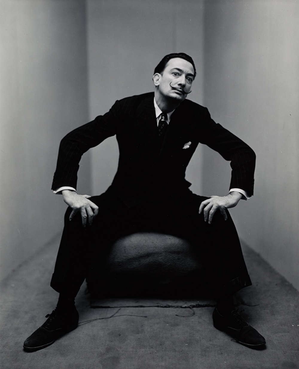 Irving Penn, Salvador Dalí, New York, 1947. Unique vintage gelatin silver print, made 1947 Image Dimensions: 24,4 x 19,7 cm (9,625 x 7,75 in) © The Irving Penn Foundation
