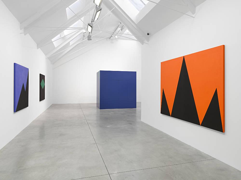 Carmen Herrera At Lisson Gallery