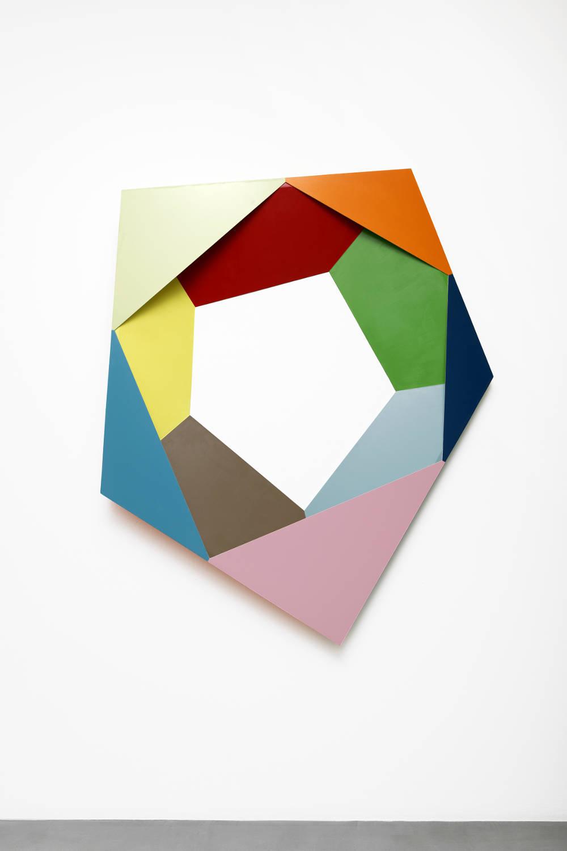 Beat Zoderer, Penta 03, 2018. Acrylic on wood 160 x 128 x 12,5 cm. Courtesy Semiose galerie, Paris. Photo : A. Mole