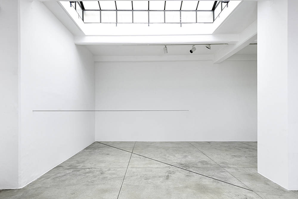 Cardi Gallery Milan Fred Sandback 4
