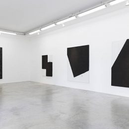 Lee Bae: Black Mapping @Perrotin, r. de Turenne, Paris  - GalleriesNow.net