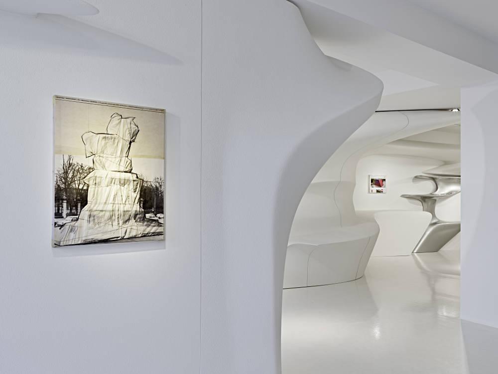 Galerie Gmurzynska Zurich Paradeplatz Christo 3