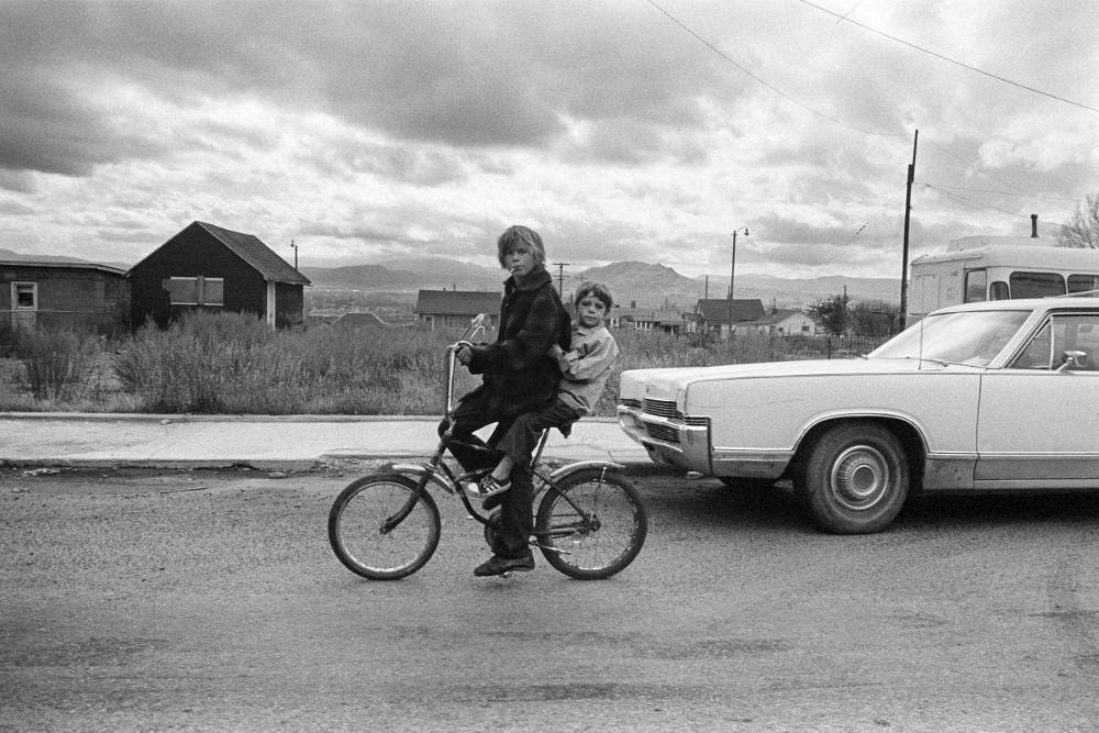 Wim Wenders, Wim Wenders, Kids in Butte, Montana, 1978, Courtesy the artist and BlainSouthern, © Wim Wenders