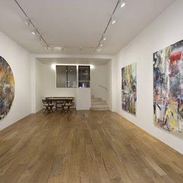 Liam Everett: The Listeners @kamel mennour, London, London  - GalleriesNow.net