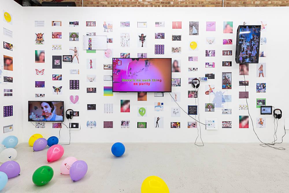 Annka Kultys Gallery Molly Soda 2