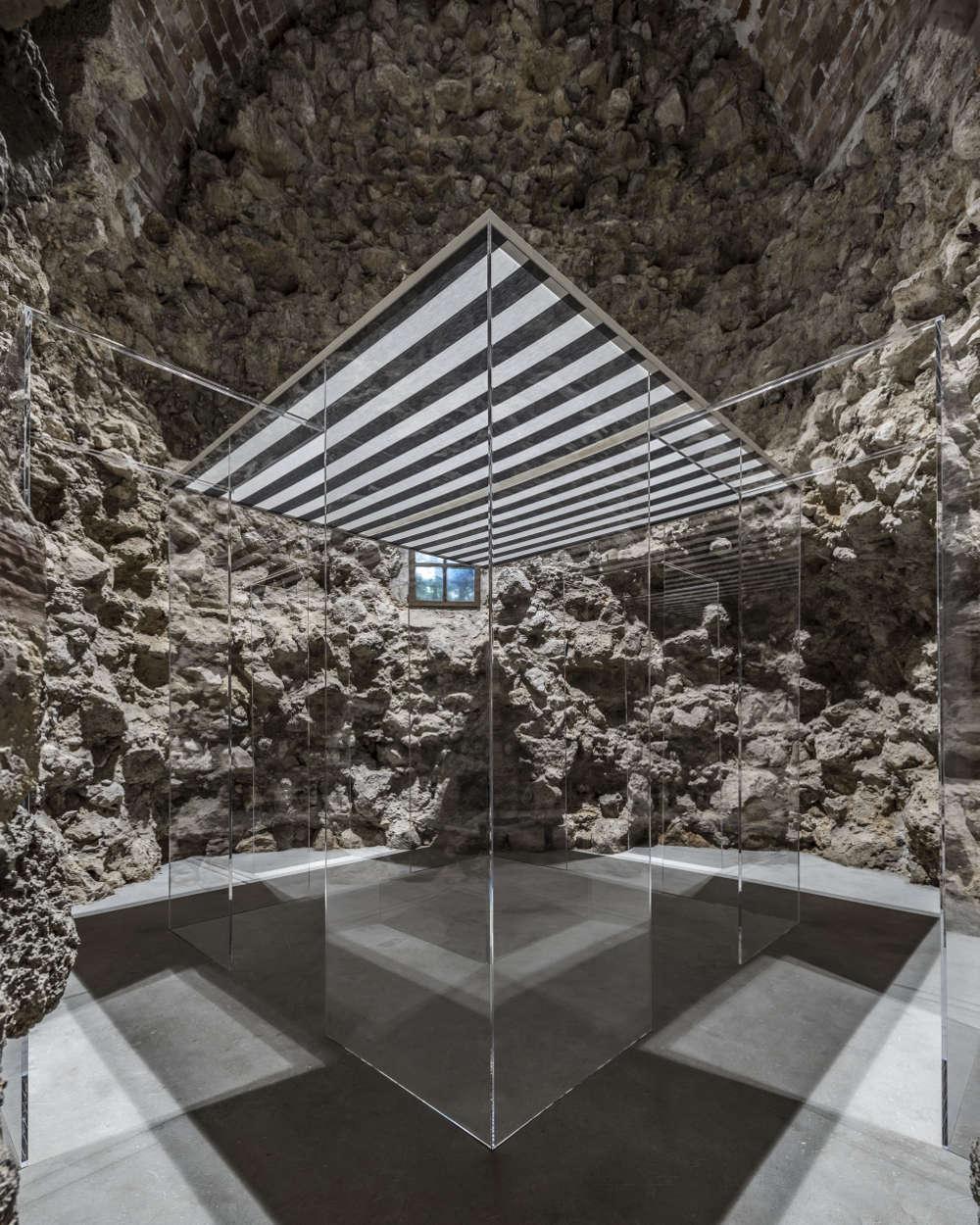 Galleria Continua San Gimignano Daniel Buren Anish Kapoor 9