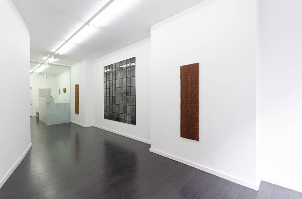 Bartha Contemporary Tactile Line 1