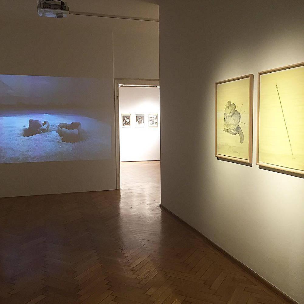 Galerie Ernst Hilger Wie banal ist das Bose 4