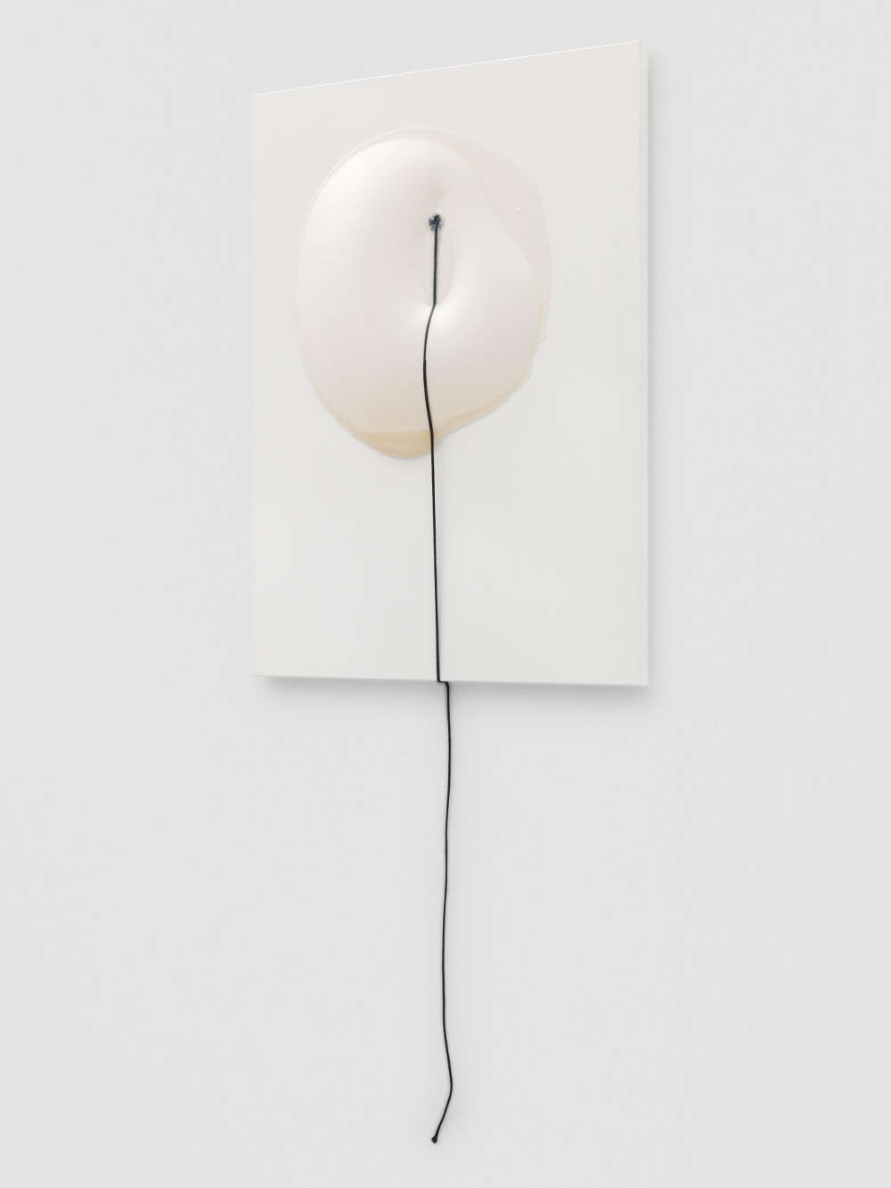 Takesada Matsutani, Line for Circle, 2018. Vinyl adhesive and string on canvas 100 x 81 x 6 cm / 39 3/8 x 31 7/8 x 2 3/8 in © Takesada Matsutani. Courtesy of the artist and Hauser & Wirth