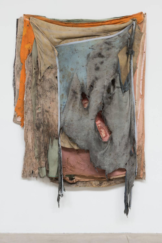 Berlinde De Bruyckere, Courtyard tales V, 2018. Blankets, wood, polyurethane, epoxy 350 x 260 x 50 cm / 137 3/4 x 102 3/8 x 19 5/8 in © Berlinde De Bruyckere. Courtesy of the artist and Hauser & Wirth. Photo: Mirjam Devriendt