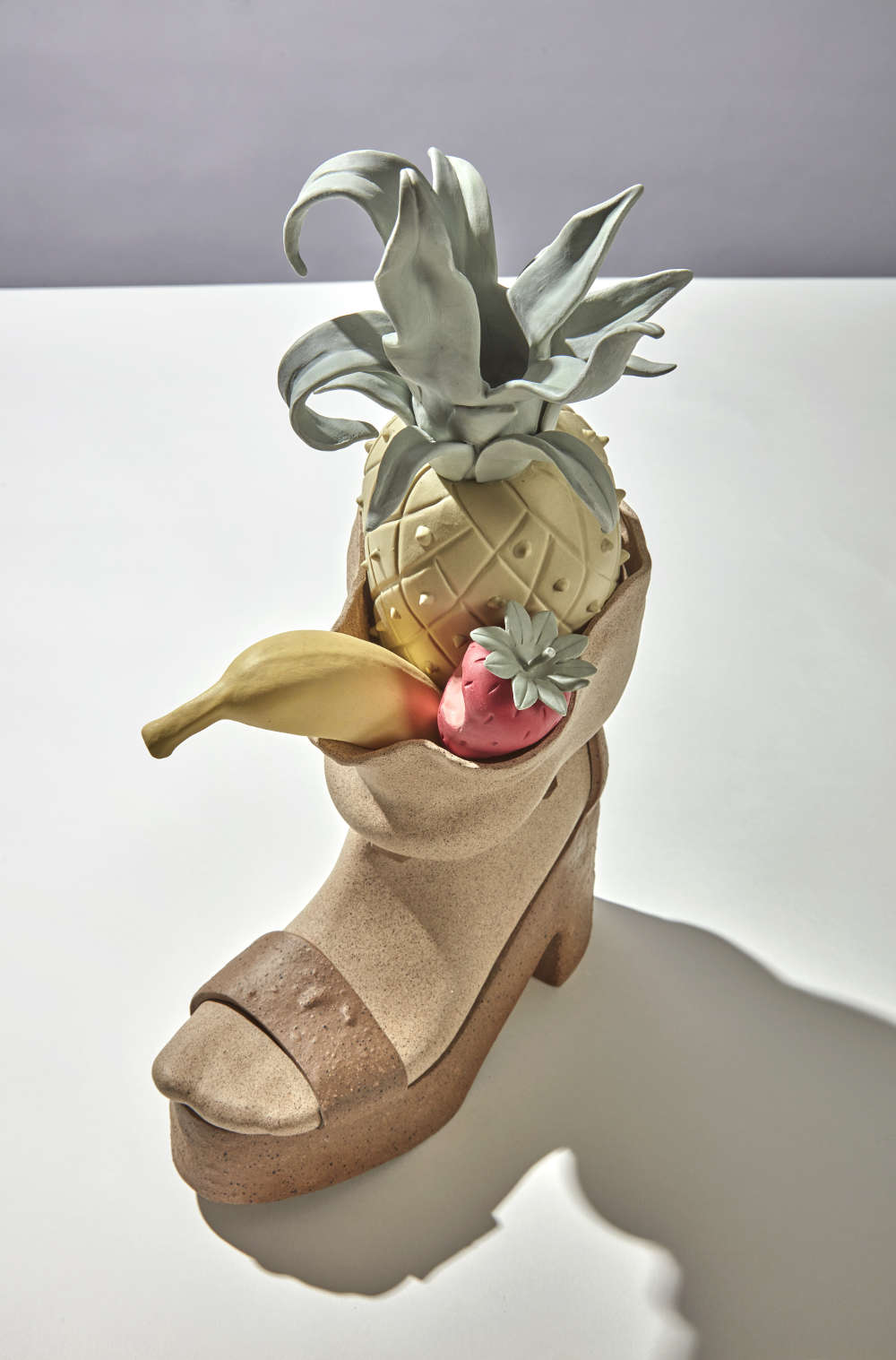 Genesis Belanger, Swollen, 2018. Stoneware, porcelain 45.7 x 27.9 x 14 cm, 18 x 11 x 5 1/2 in. Courtesy of the artist and Perrotin.