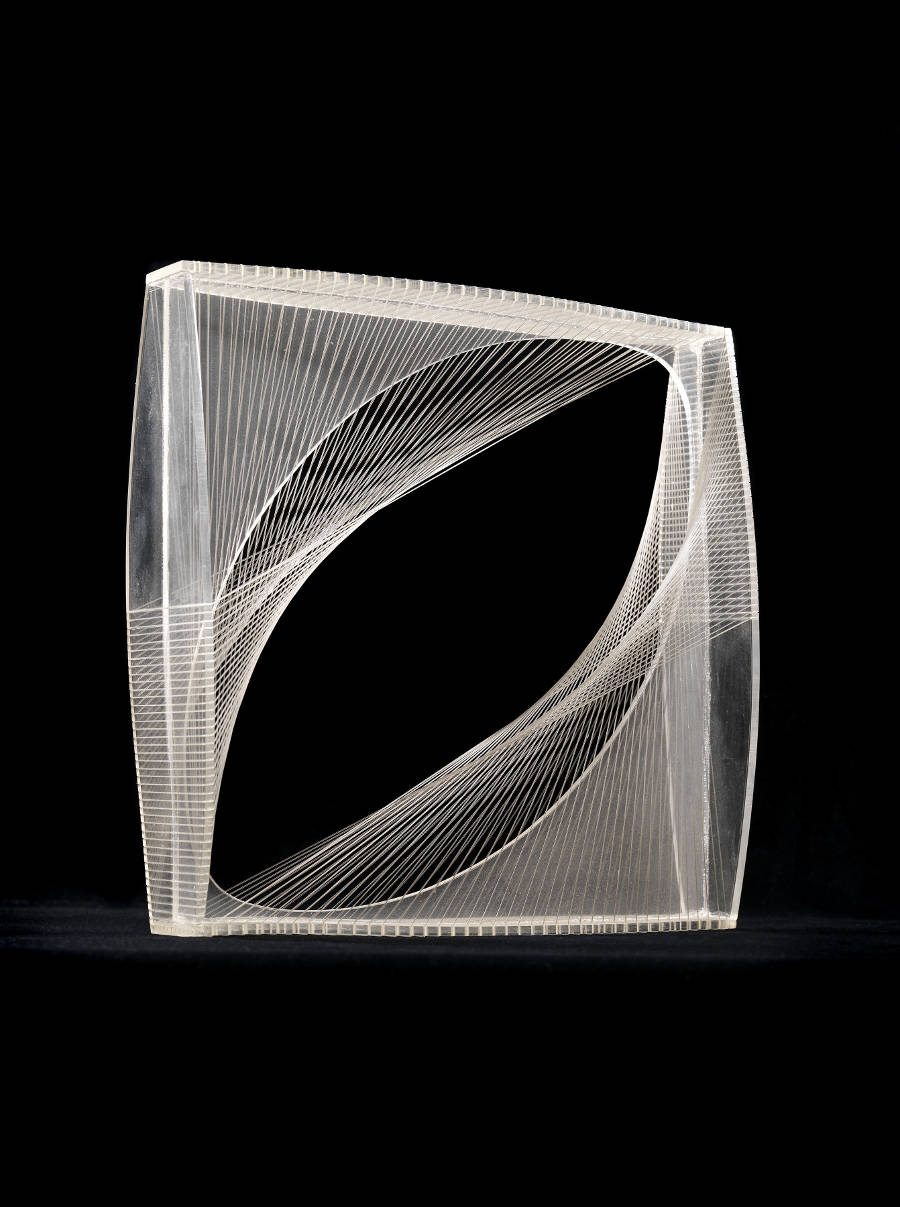 Naum Gabo, Linear Construction in Space No.1, ca.1950. Perspex with nylon monofilament 21 x 21 x 5.6 cm © the Artist. Courtesy Annely Juda Fine Art, London