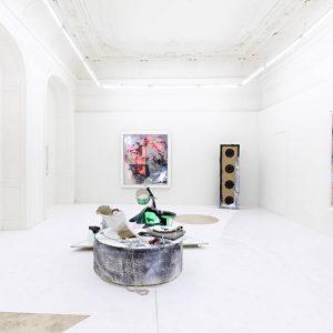 Joris van de Moortel: Het Geluid van Witte Rook - Das Geräusch von Weißem Rauch, one person's music is another's noise @Galerie Krinzinger, Vienna  - GalleriesNow.net