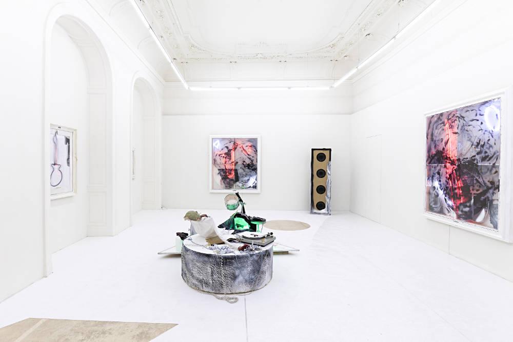 Galerie Krinzinger Joris van de Moortel 1