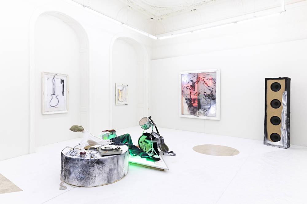 Galerie Krinzinger Joris van de Moortel 2