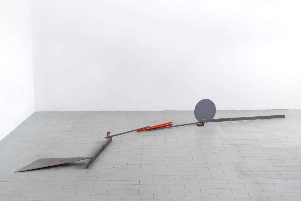 Alice Cattaneo (b. 1976), Untitled, 2016. Iron, clamp, acetate sheet 35 x 350 x 100 cm 13 3/4 x 137 3/4 x 39 3/8 in. Courtesy Mazzoleni