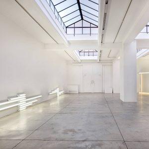 Dan Flavin @Cardi Gallery, Milan  - GalleriesNow.net