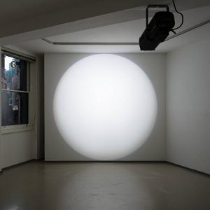 Michel Verjux: Lighting light well @Laure Genillard Gallery, London  - GalleriesNow.net