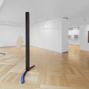 Equilibrium. An Idea for Italian Sculpture @Mazzoleni, London  - GalleriesNow.net