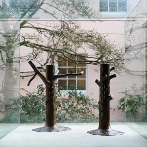 Kenneth Armitage: The Richmond Oaks @New Art Centre, Salisbury  - GalleriesNow.net