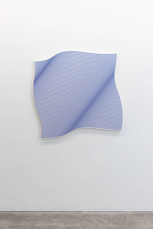 Philippe Decrauzat, Flagwave, 2017. Acrylic on canvas 114 x 114 cm 44.9 x 44.9 in