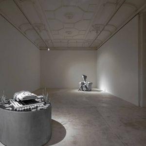 Hans Op de Beeck: The Conversation @Galerie Krinzinger, Vienna  - GalleriesNow.net