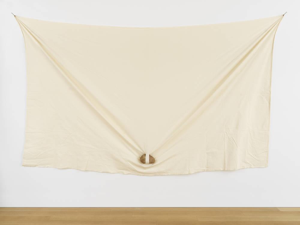 Keiji Uematsu, Triangle - Stone/Cloth, 1979. Stone, cloth 200 x 345 x 11 cm (78 3/4 x 135 7/8 x 4 3/8 in.) Courtesy the artist and Simon Lee Gallery