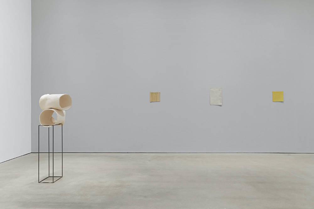 Modern Art Vyner Street Katinka Bock Esther Klas Helen Mirra Hayley Tompkins 4