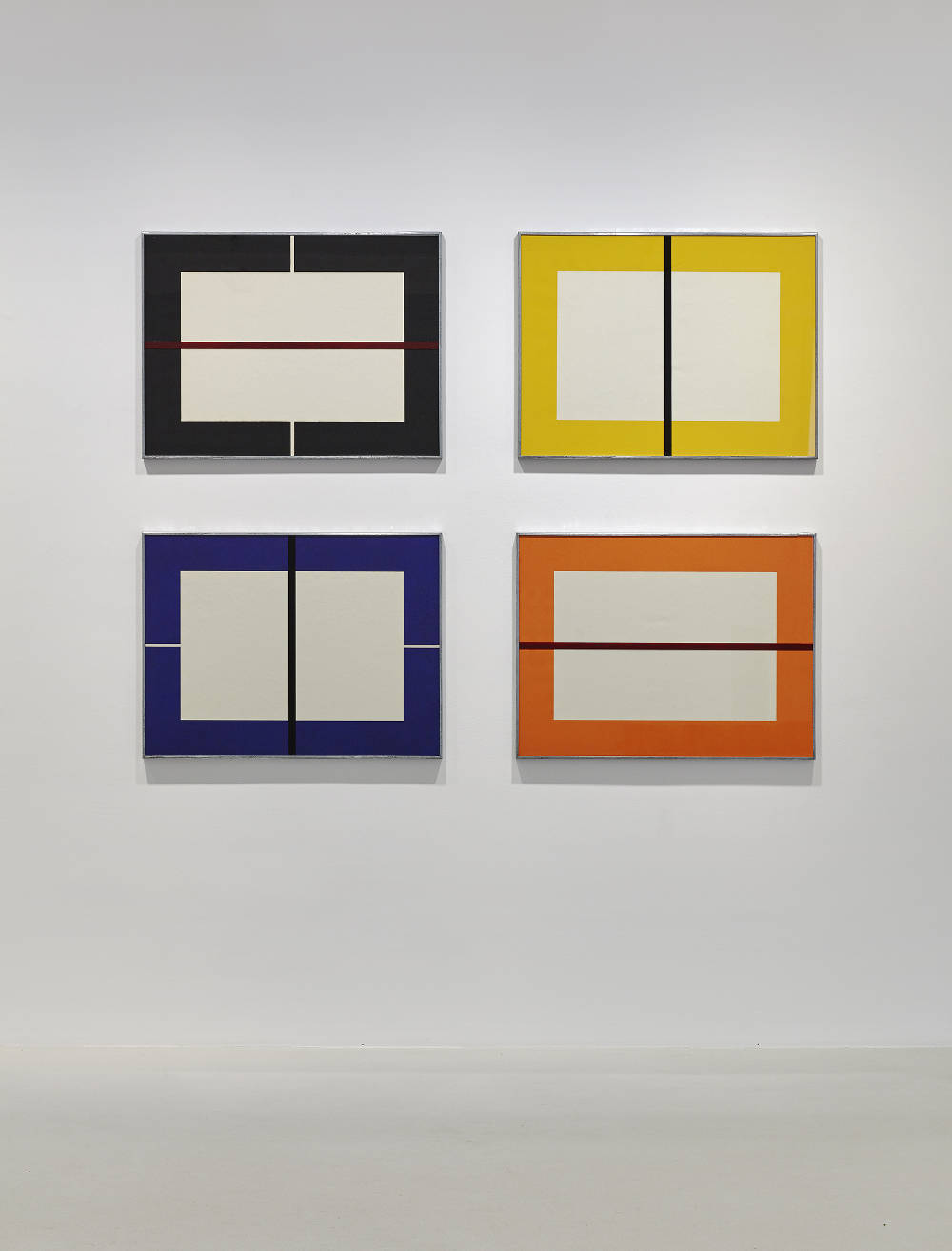 Donald Judd, Untitled, 1993. Set of four woodcuts printed in black, orange, yellow and ultramarine blue and with an oil paint stripe on the class of each galvanized iron frame. Japanese paper 60 x 80 cm (23,62 x 31,5 in) Photos: Thomas Lannes. Courtesy Galerie Thaddaeus Ropac, London · Paris · Salzburg © Judd Foundation / Adagp, Paris, 2019