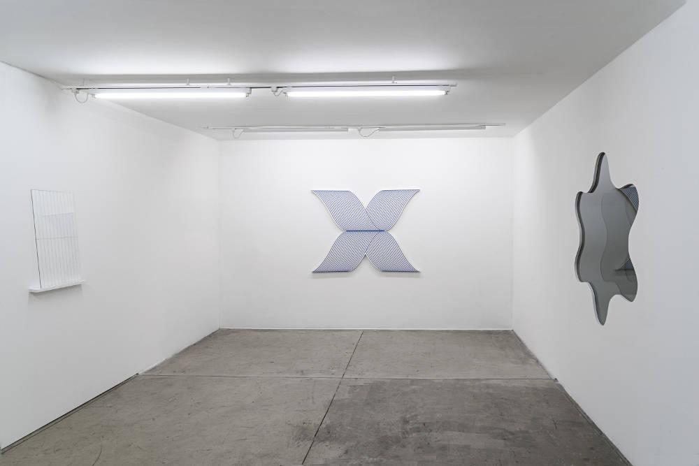 Galeria Nara Roesler Sao Paulo Philippe Decrauzat 3