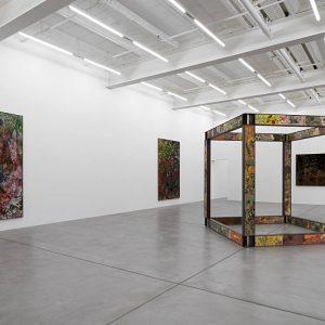 Sam Falls @Galerie Eva Presenhuber, Zürich  - GalleriesNow.net