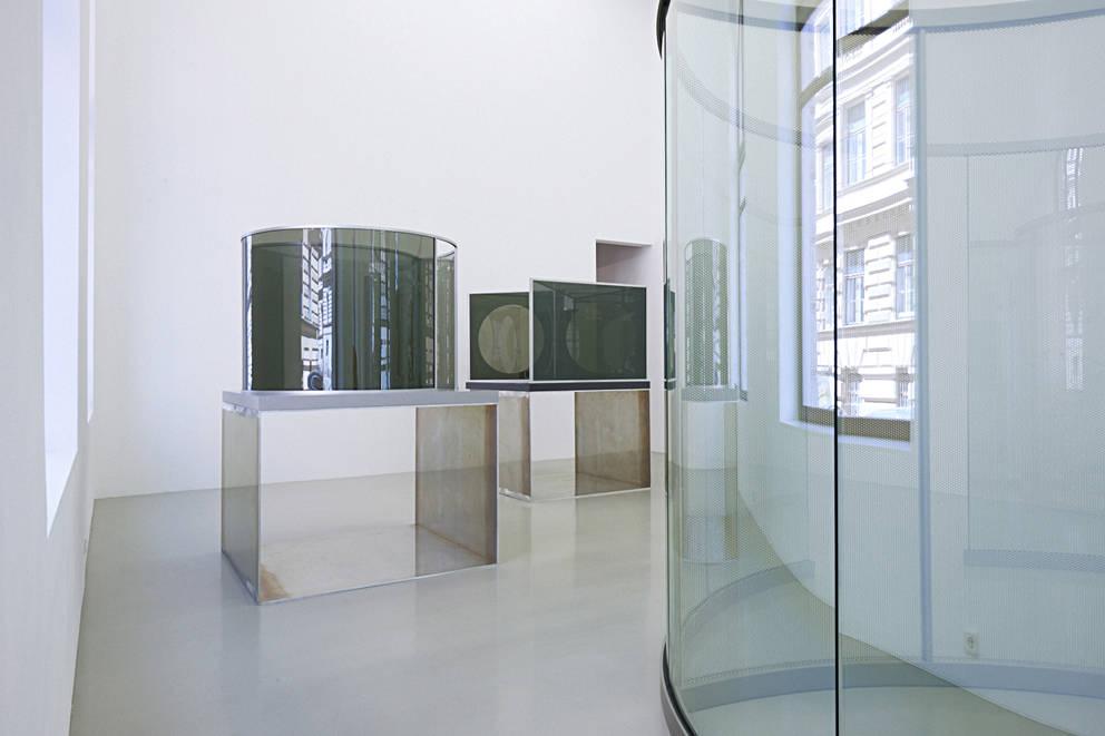 Galerie Meyer Kainer Dan Graham 3
