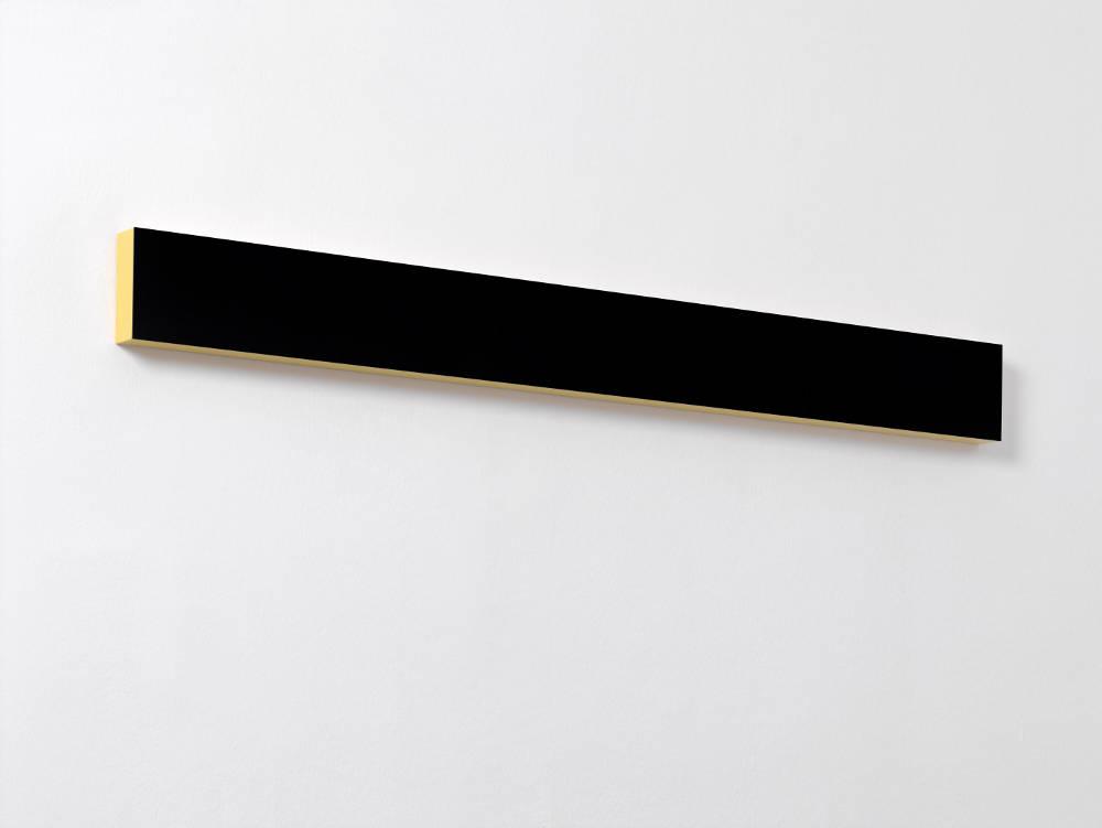 Gerwald Rockenschaub, Untitled (Intarsie), 2018. Acrylglas, MDF Körper 15 x 150 x 5 cm (5,91 x 59,06 x 1,97 in) Courtesy Galerie Thaddaeus Ropac, London / Paris / Salzburg © Gerwald Rockenschaub. Photo: Ben Westoby