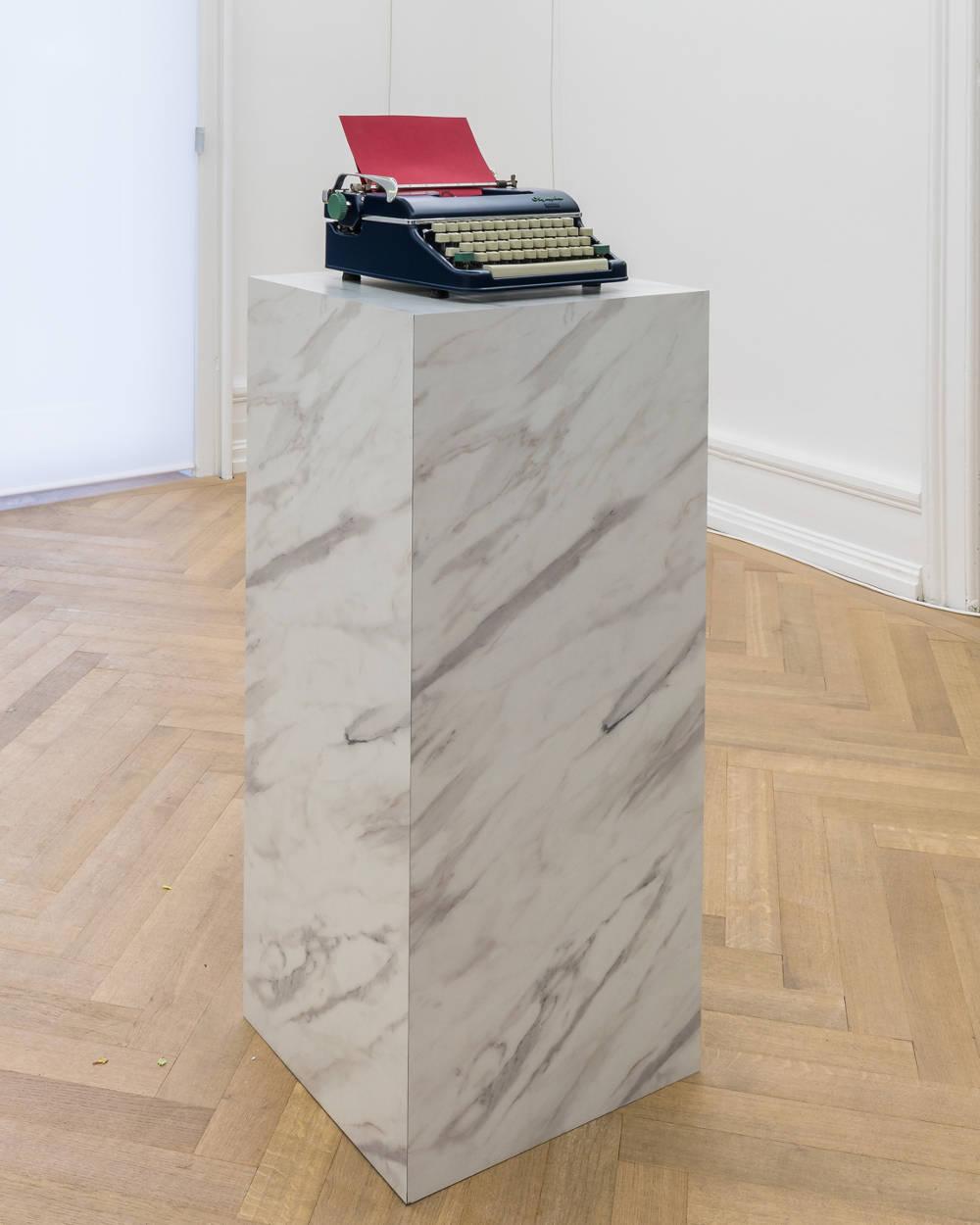 Jorge Méndez Blake, Pause II (Red), 2019. Typewriter, marble, edition of 1 + 1 AP, ed. 1/1, 2 parts, total 110 x 45 x 40 cm (43 1/4 x 17 3/4 x 15 3/4 in.)