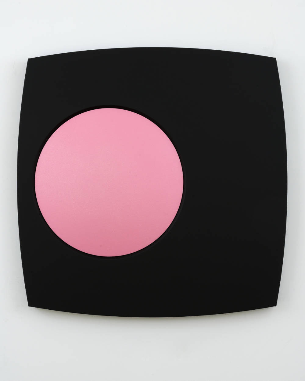 Sylvie Fleury, Pink Explosion, 2018. Acrylic on canvas on wood 15 kgs 120 x 120 x 12,2 cm (47,24 x 47,24 x 4,8 in) Courtesy Galerie Thaddaeus Ropac, London / Paris / Salzburg © Sylvie Fleury. Photo: Charles Duprat