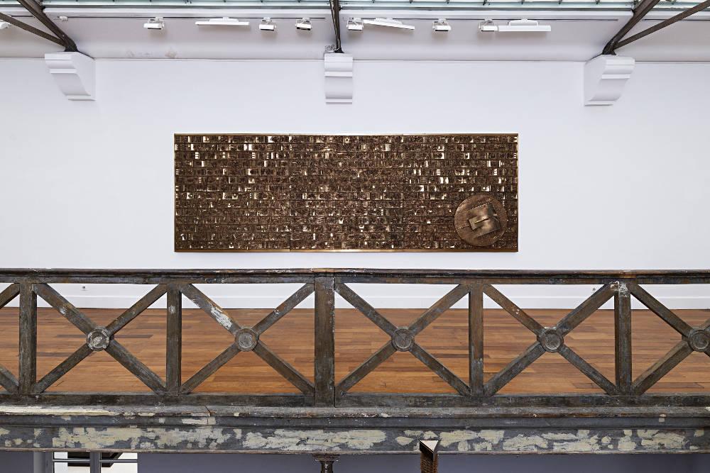 Tornabuoni Art Paris Arnaldo Pomodoro 3