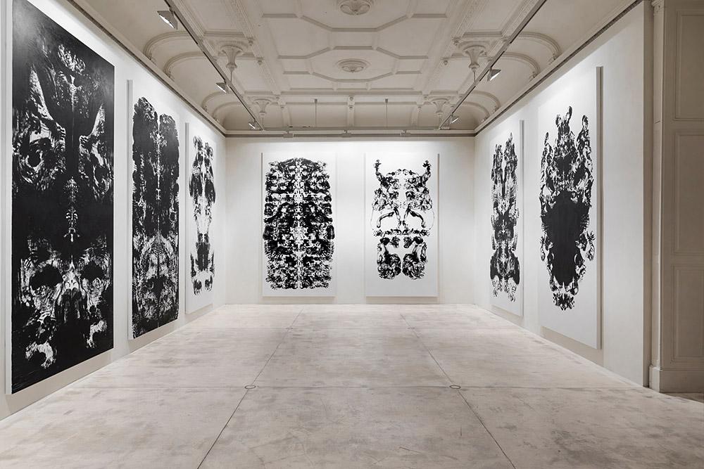 Galerie Krinzinger Mark Wallinger 1