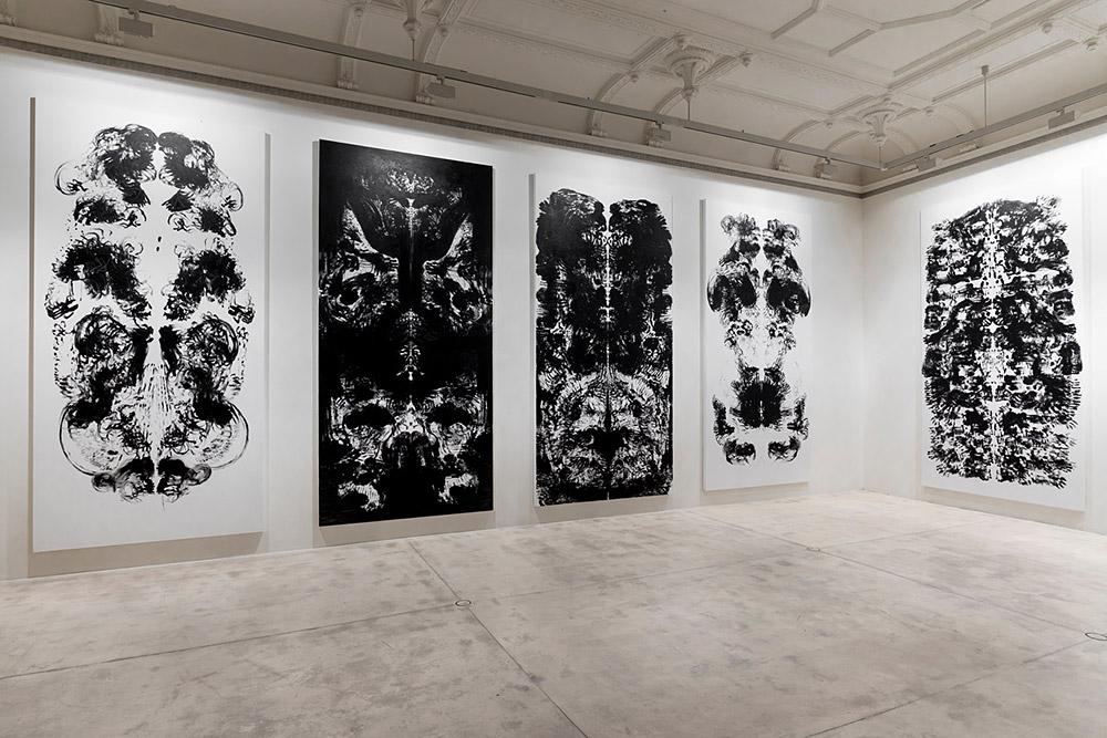 Galerie Krinzinger Mark Wallinger 2